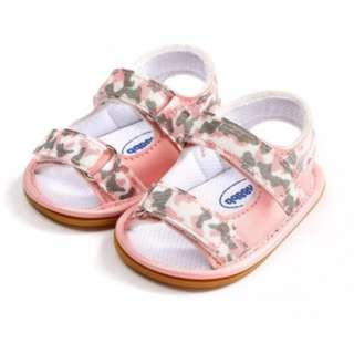 <FREE DELIVERY> Baby / Toddler Unisex Boy Girl Army Print Rubber Antislip Soles Casual Walker Sandals in Pink