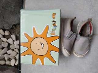 Preloved sepatu little m