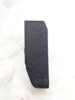 Hyundai Matrix 1.6/1.8 (A) Footrest