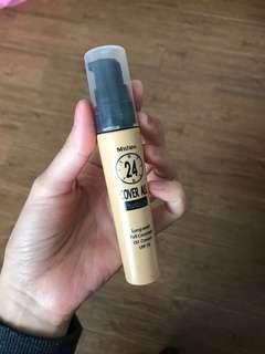 🚚 泰國 Mistine 控油粉底液 自然色