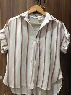 White pink stripes top/ kemeja garis