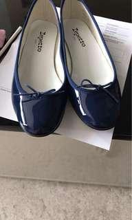 Repetto patent blue (size 39)