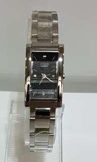 🚚 日本星辰錶方形新品~黑面