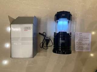🚚 AUDI 太陽能/電池/USB 三用露營燈