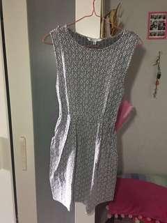 Korz Dress