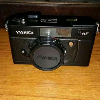 Vintage Yashica 35MF Camera