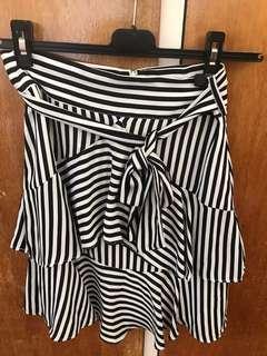 Bardot black & white skirt