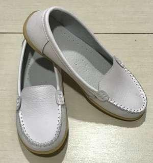 White leather look flats
