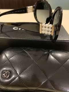 🚚 Chanel Sunglasses