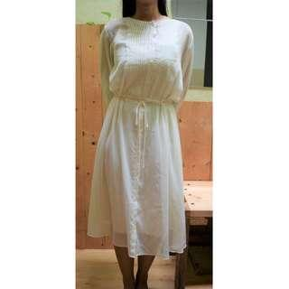 Uniqlo White Chiffon Long sleeved Dress