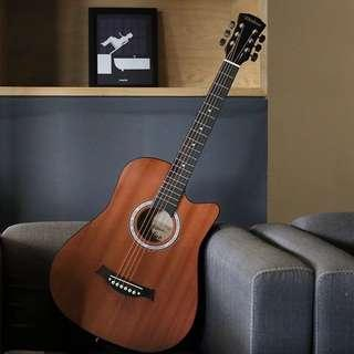 🚚 Brand new 38 inch acoustic guitar