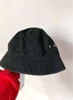 BNWT Urban Outfitters Bucket Hat