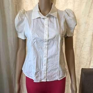 BASIC WHITE POLO WITH SEMI PUFF SLEEVES