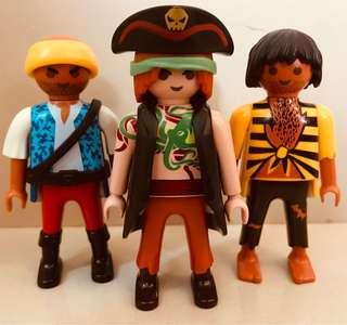 Playmobil 5135 Large Pirate Ship Figures