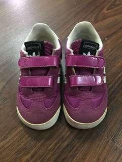 Adidas Shoes UK5