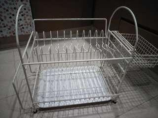 Kitchen dishes stand selling very cheap