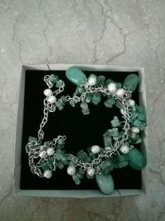 Kalung green stone with pearls