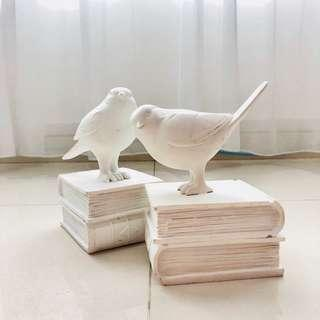 [For Rent] White Bird Decoration