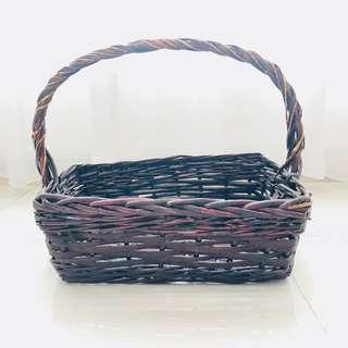 [For Rent] Medium Rattan Picnic Basket