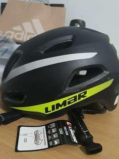 Helm Sepeda merk Limar