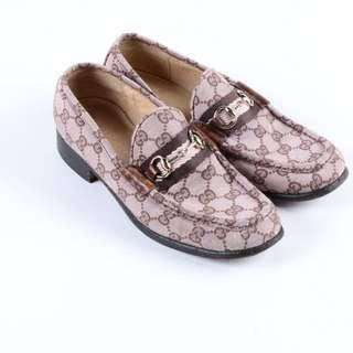 Authentic Gucci monogram Loafer