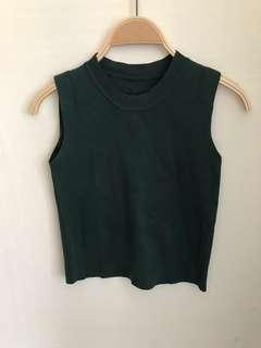 🚚 ❤️❤️❤️ basic essential forest green sleeveless knit TOP