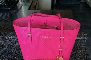 Authentic Michael Kors Large Jet Set Neon Pink