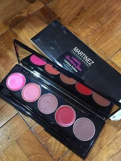 Martinez lipstick pallete