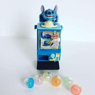 Disney 廸士尼史廸仔 迷你扭蛋機。連6色小蛋,每小蛋都內含小牌仔
