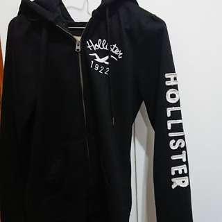 Hollister 黑色外套 zipup薄絨毛