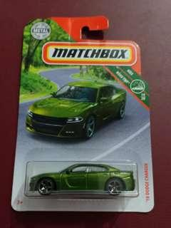 CPL - 18 dodge charger matchbox