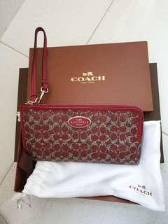🚚 Coach Large Wallet,Wristlet