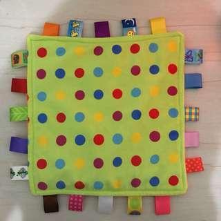🚚 TAGGIES嬰兒必備彩色柔軟超大標籤安撫巾