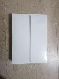 iPad 2018 Wifi 128GB - Silver (Latest 6th Generation)