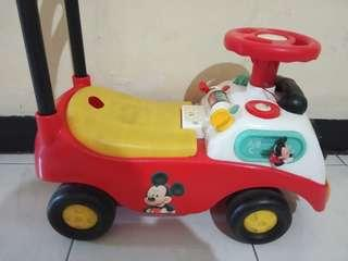 Mickey mouse mobil