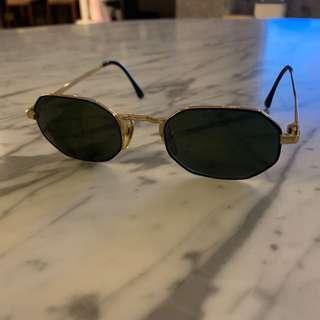 🚚 GIORGIO Armani 太陽眼鏡
