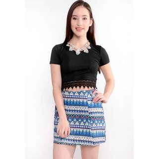 BNIB AFA Short Sleeve Lace Trimming Short Sleeve Cropped Top in Black