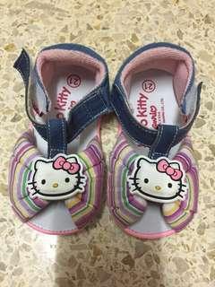Sepatu bayi / anak hello kitty Sanrio license size 21