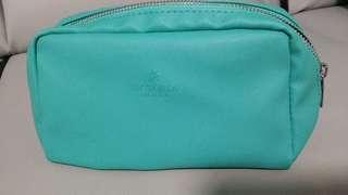 BNIB Multipurposes Bag selling only sgd5!