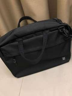 Herschel Sandford Messenger - Black