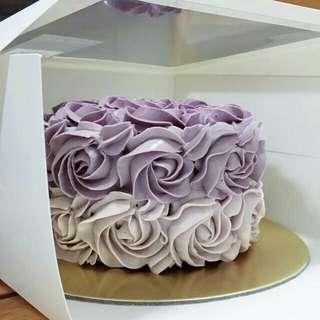 Bake to order - Rosette Cake