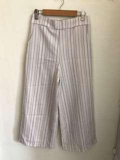 🚚 ❤️❤️❤️ basic white Stripes culottes Pants