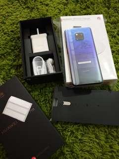 Huawei Mate 20 Pro With Wireless Charger