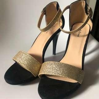 [RESERVED]Sparkly strapped heels