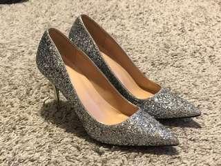 Sliver high heel. 銀閃高踭鞋