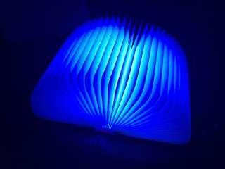 🚚 Book Lamp