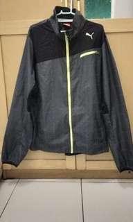 PUMA running Jacket