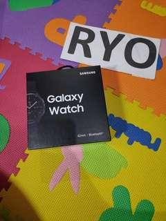 Samsung Galaxy Watch 42mm S4 BNIB SEIN not apple watch