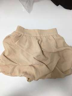 🚚 Clearance at $10 Brand NEW Ladies Bubble Skirt