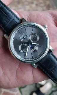 Arbutus triple date moonphase